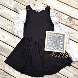 Victoria's Secret black sleeveless lace sundress M